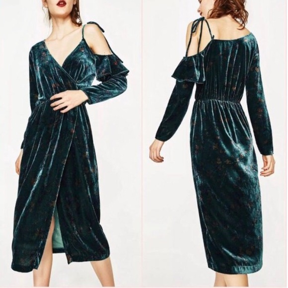 19191aa6 Zara Dresses | Trafaluc Collection Green Velvet Dress Nwt Xs | Poshmark
